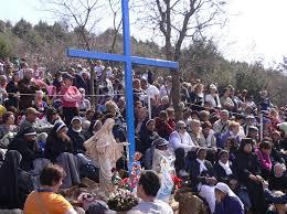 Cruz azul, en Medjugorje.