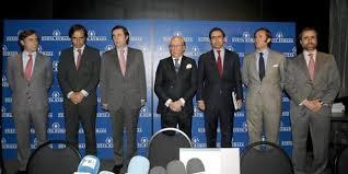 José María Ruiz Mateos, con sus hijos varones. /Foto: vanitatis.elconfidencial.com.