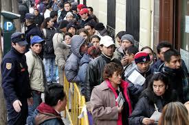 Inmigrantes en España, no eran necesarios. /Foto: diario.latercera.com.