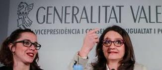 Sandra Casas y Mónica Oltra: huele a podrido. /Foto: elplural.com.