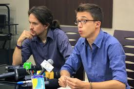 Pablo Iglesias e Iñigo Errejón, enfrentados. /Foto: ramblalibre.com.