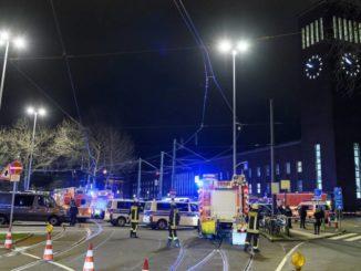 La Policía acordona la estación de Dusseldorf. /Foto: elpais.com.