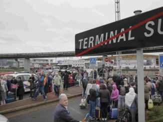 El aeropuerto de París-Orly, dealojado. /Foto: elconfidencial.com.