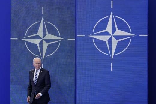 Biden demente: confunde Libia con Siria en tres ocasiones
